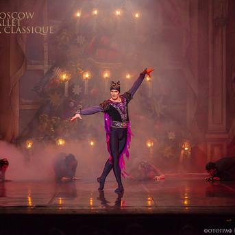 THE-NUTCRACKER-Ballet-La-Classique-53.jp