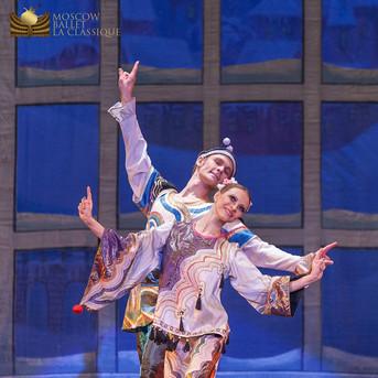 THE-NUTCRACKER-Ballet-La-Classique-88.jp
