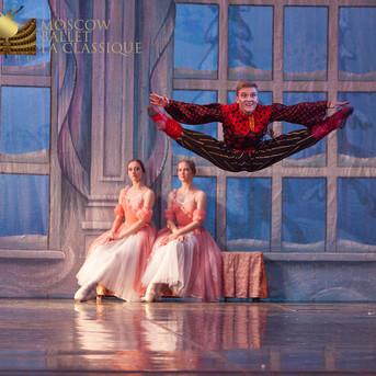 THE-NUTCRACKER-Ballet-La-Classique-89.jp