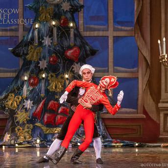 THE-NUTCRACKER-Ballet-La-Classique-43.jp