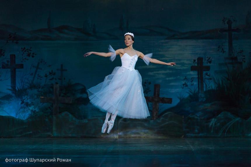 Gizelle-Moscow-Ballet-La-Classique-37.jp