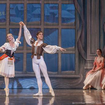 THE-NUTCRACKER-Ballet-La-Classique-102.j