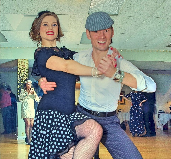 dance connection, swing dancers