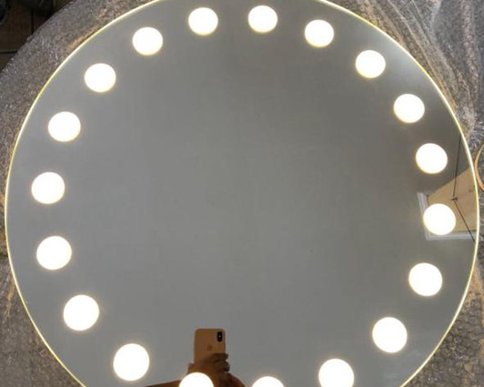 Espelho Iluminado com led 28.jpeg