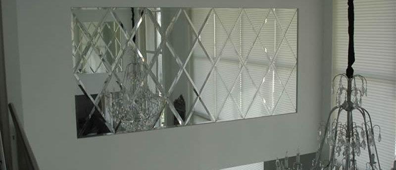Espelho DIAMOND com losangos bisotados 100 x 150cm. Cód. 000109