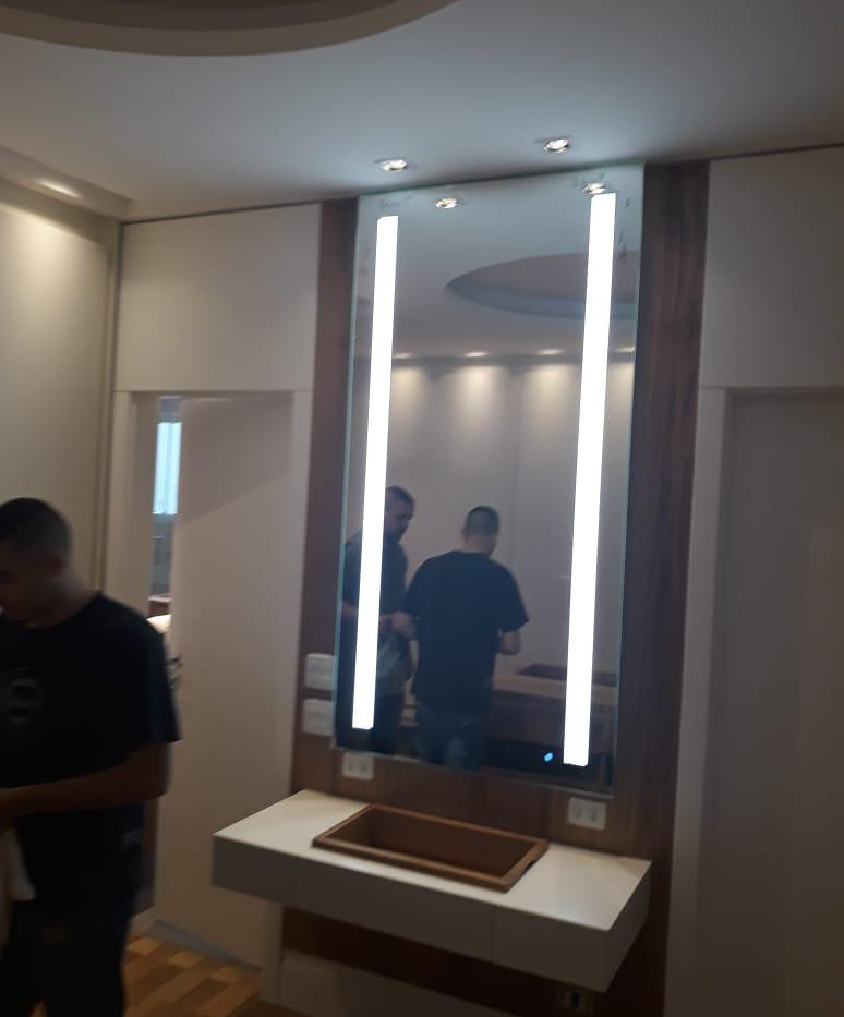 Espelho Iluminado com led 18.jpeg