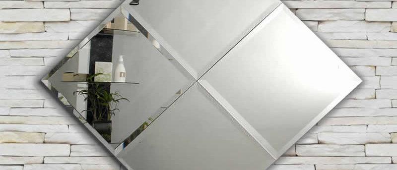 Espelho Escudo 90 x 90 cm. Cód. 000122