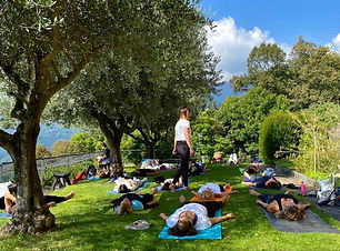 yoga%20bigorio_edited.jpg