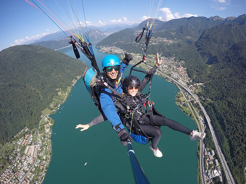 15-minute paragliding flight