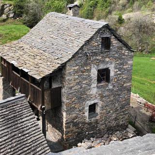 Rifacimento tetto in piode