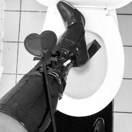 toilet whore