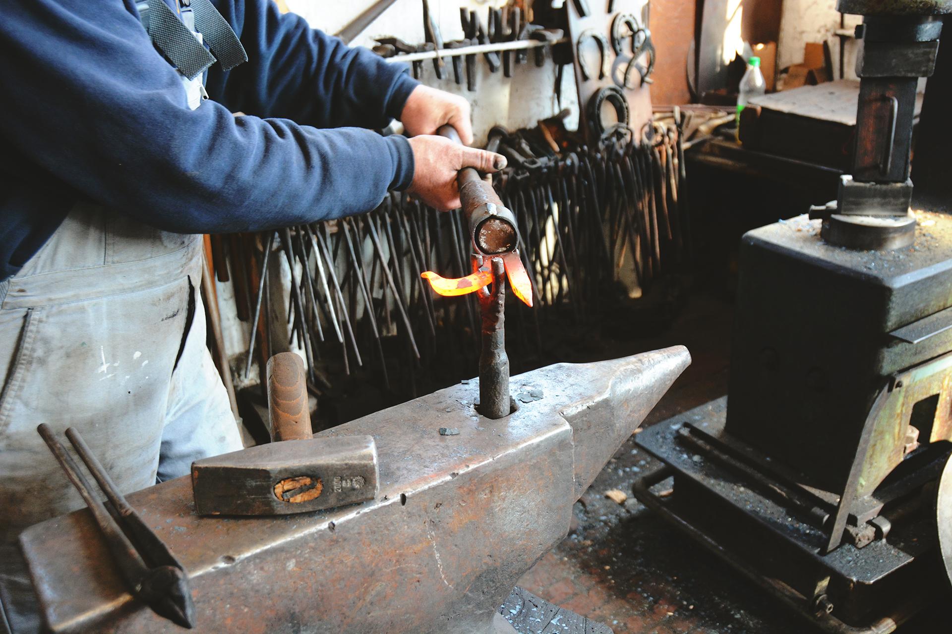 Eisen-Arbeits-Hersteller