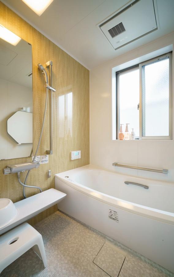 風呂 Bathroom