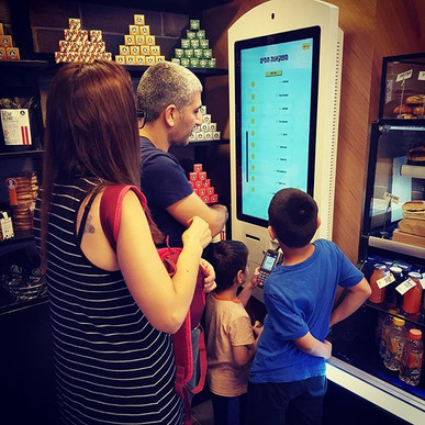 Kiosks makes ordering fun for the adults and the little ones 😊_#selforder #selfservice #Tapitinc #Tapitkiosk