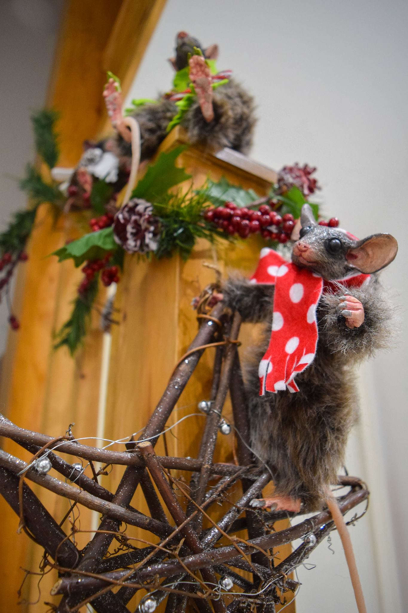 Xmas Light Brown Mouse