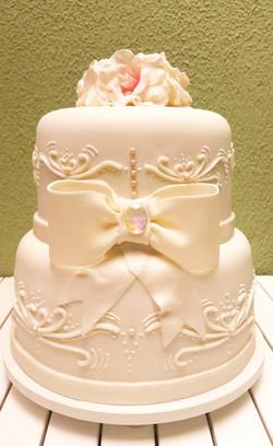 Bolo branco de casamento