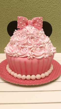 smash the cake Minnie