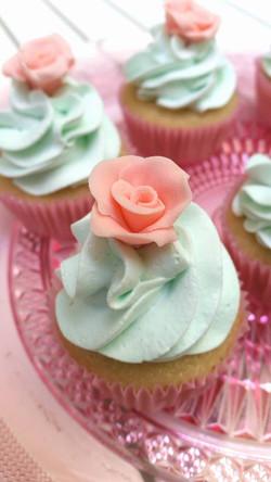 mini cupcake floral