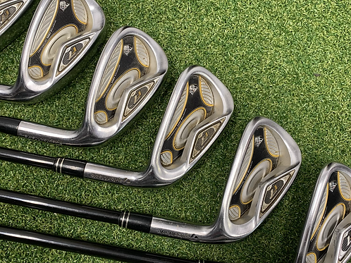 Taylormade R7 Graphite Irons 5-PW // Reg