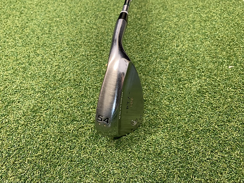 Cleveland 588 Rotex 2.0 Wedge // 54°