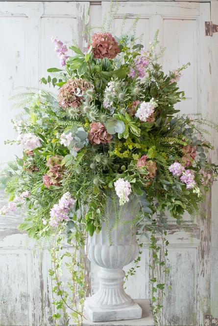 large white vase.jpg