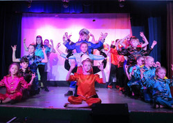 aladdin- Indian Dancers