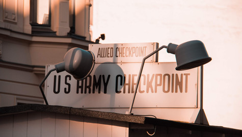 US Checkpoint