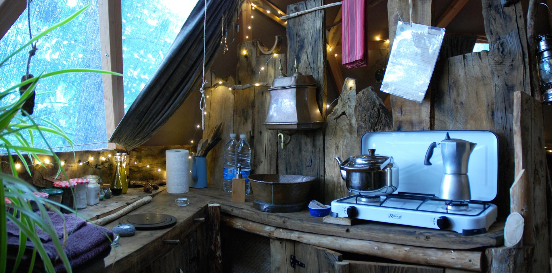 Cabane de la Séléné Kitchenette intérieur