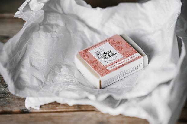 Maquette pour les étiquettes de Shampoing Solide de Terre des Bulles, Savonnerie Bio Artisanale à Noizay