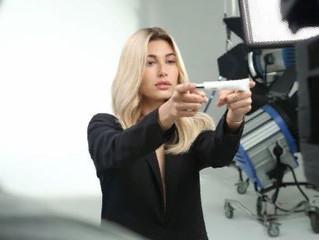 Секрет Хейли Болдуин: спасительное средство для волос Pro Fiber
