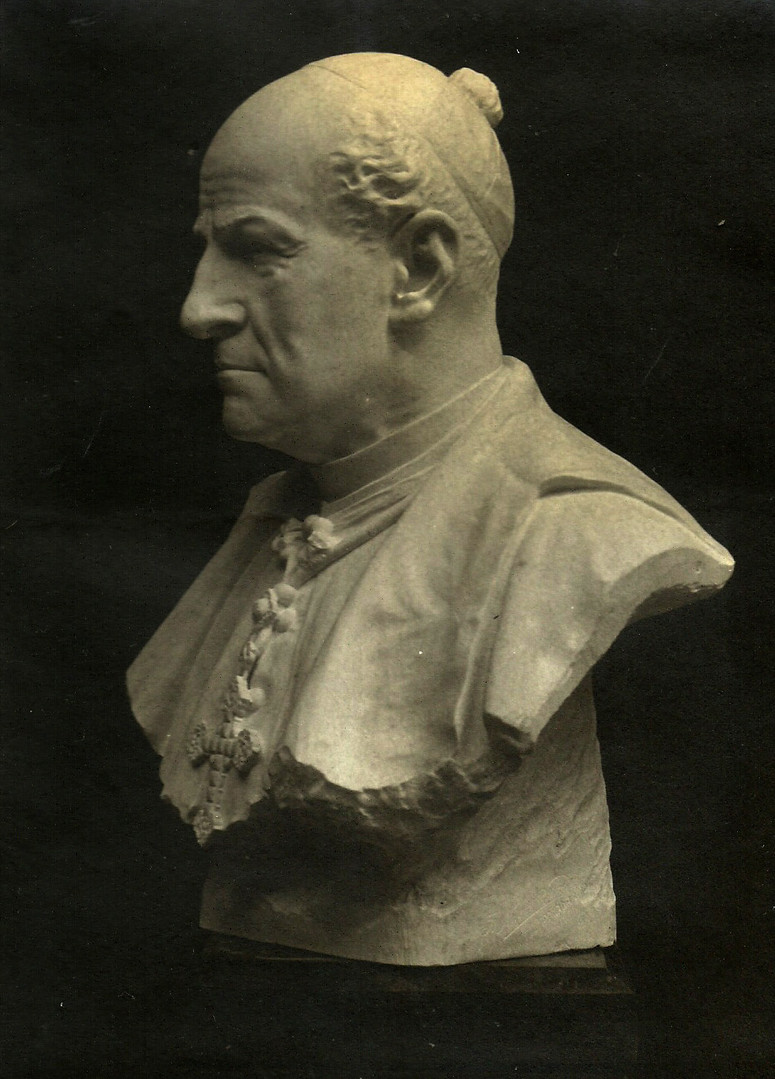 Busto del Arzobispo Meseguer y Costa
