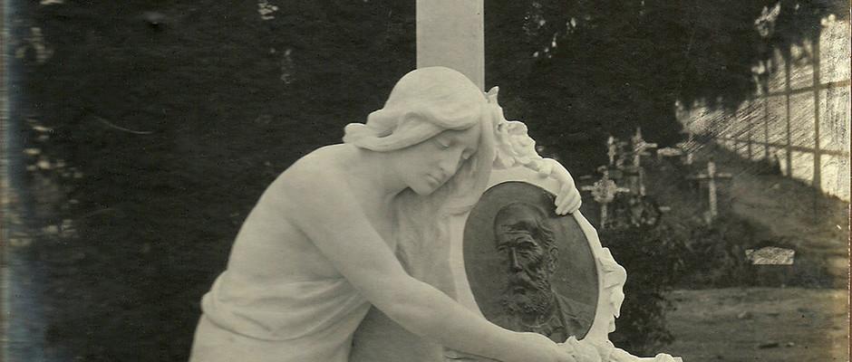 Tumba de Antonio López Martínez, 1914