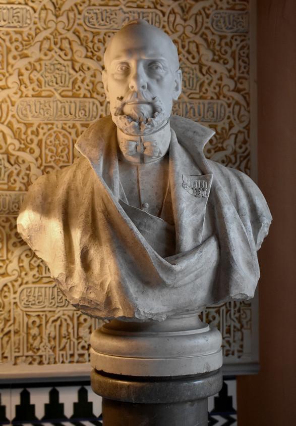 Busto del Duque de San Pedro de Galatino, en mármol