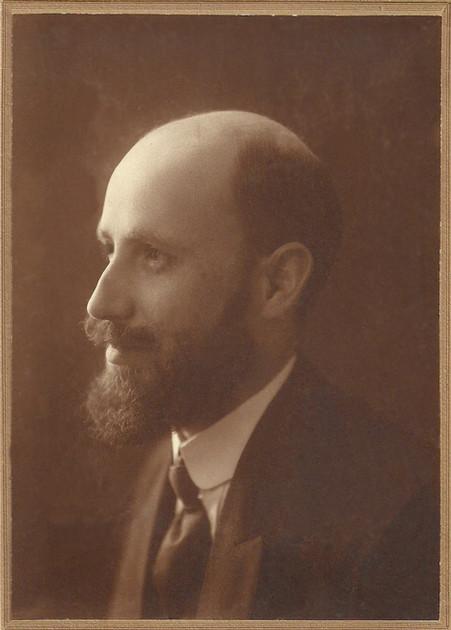 Retrato fotográfico de José Navas Parejo