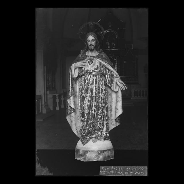Corazón de Jesús en madera