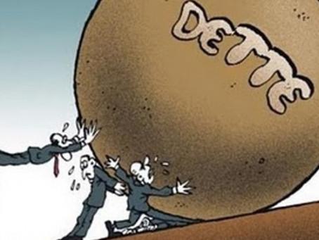 La dette se creuse au niveau mondial : quels sont les risques ?
