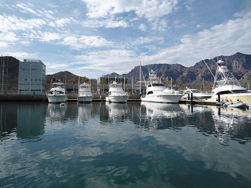 puerto esondido, marina, loreto