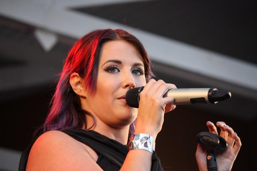 Molly Sanden
