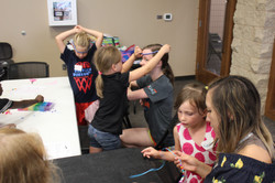 vbs making necklaces