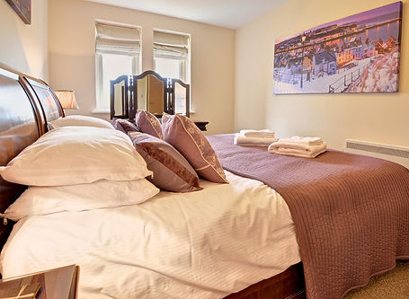 whitby aparment bedroom