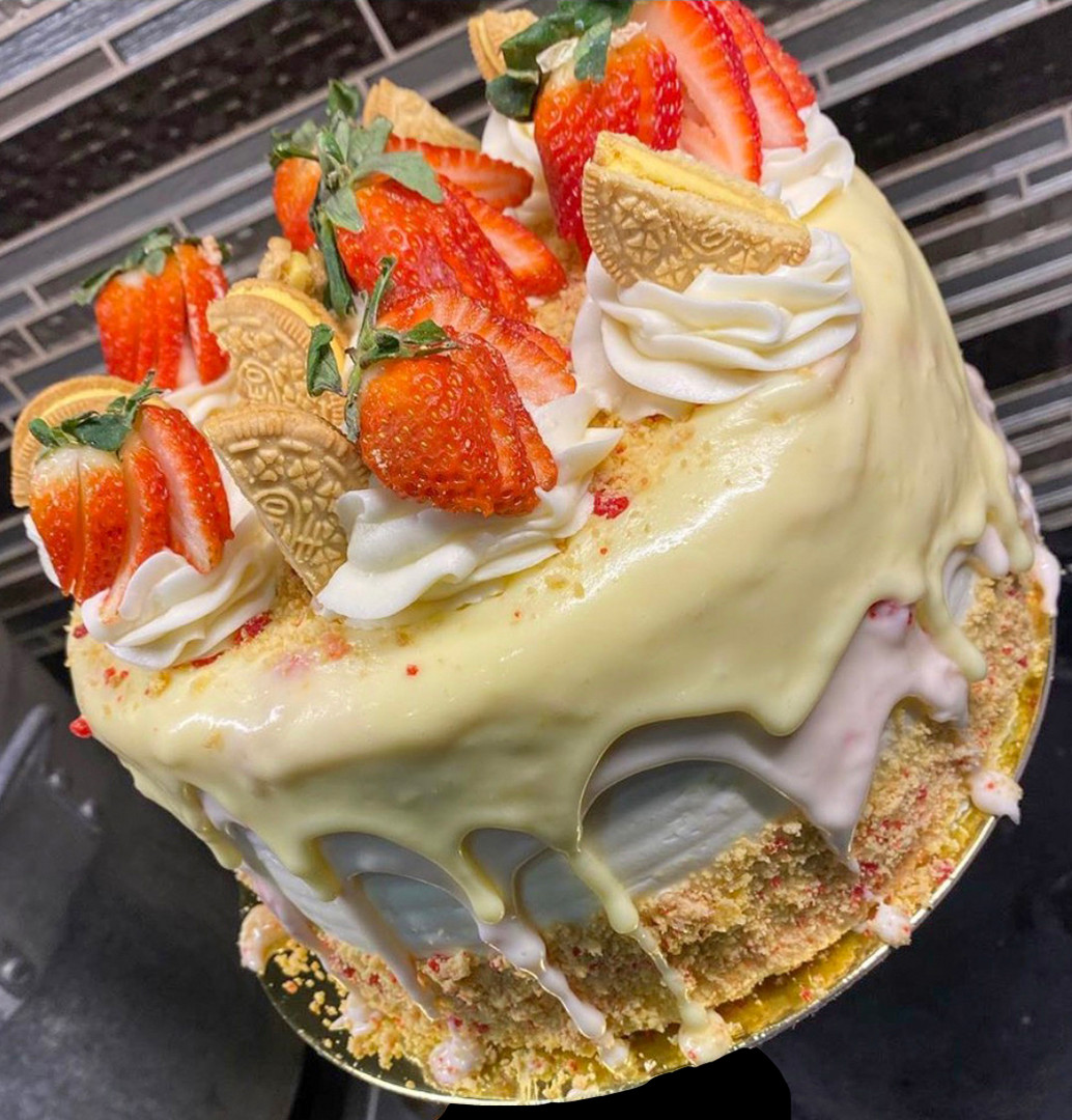 Strawberry Lemon Drip Cake
