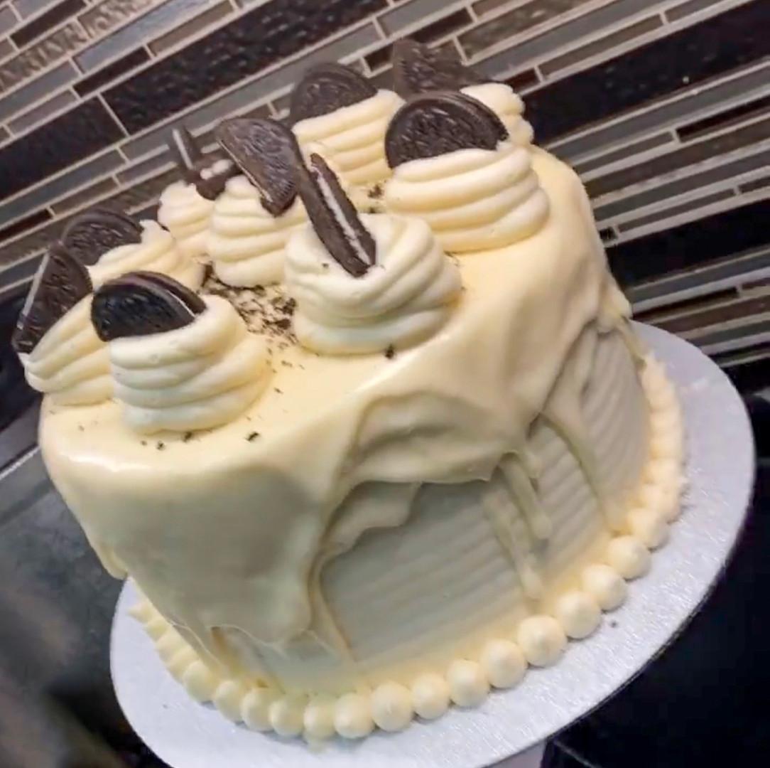 All White Affair Oreo Drip Cake