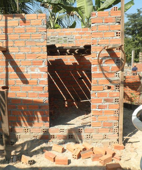 Toilette douche en construction.JPG