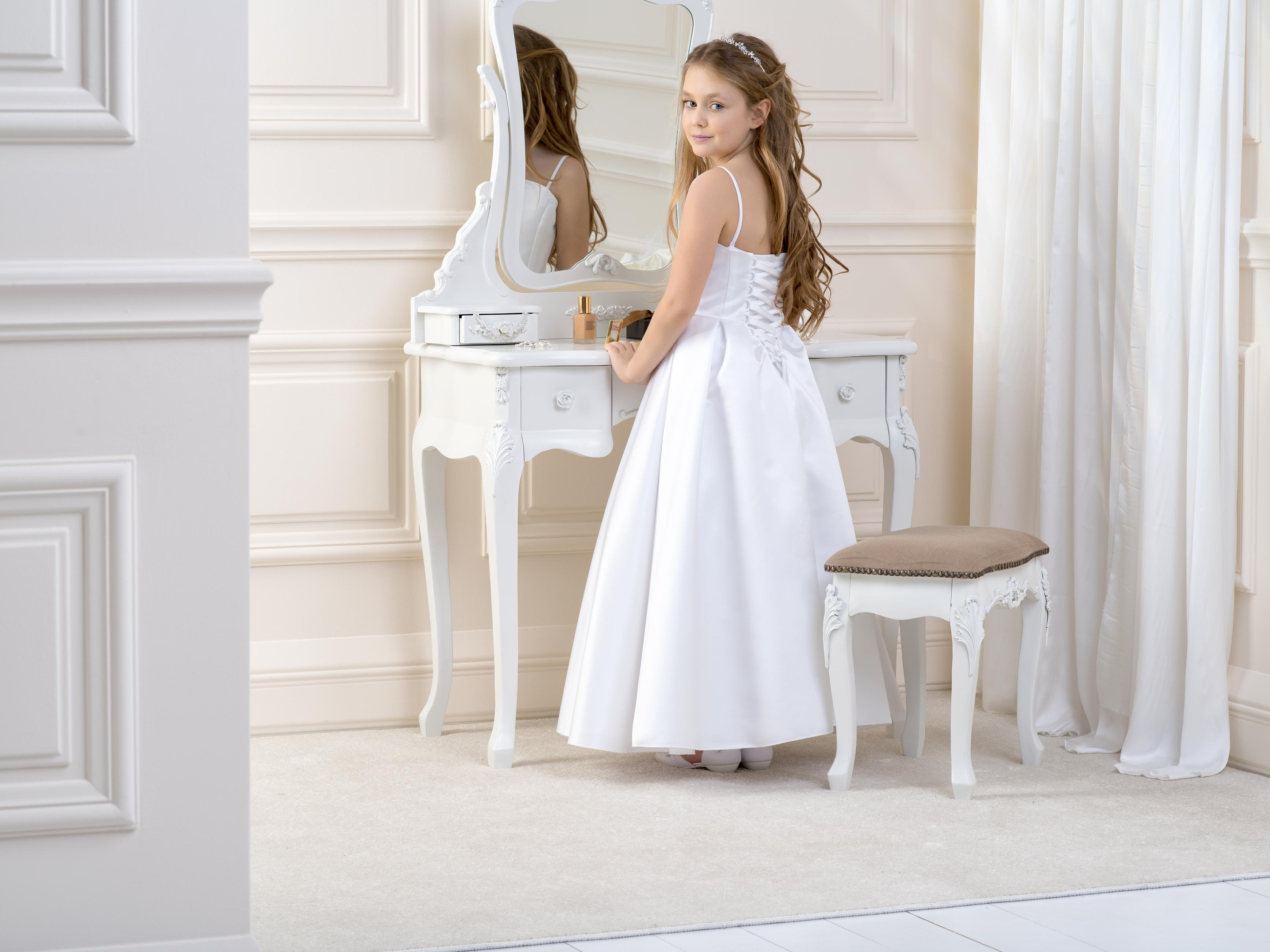 Flower girl/Communion dress LB09back