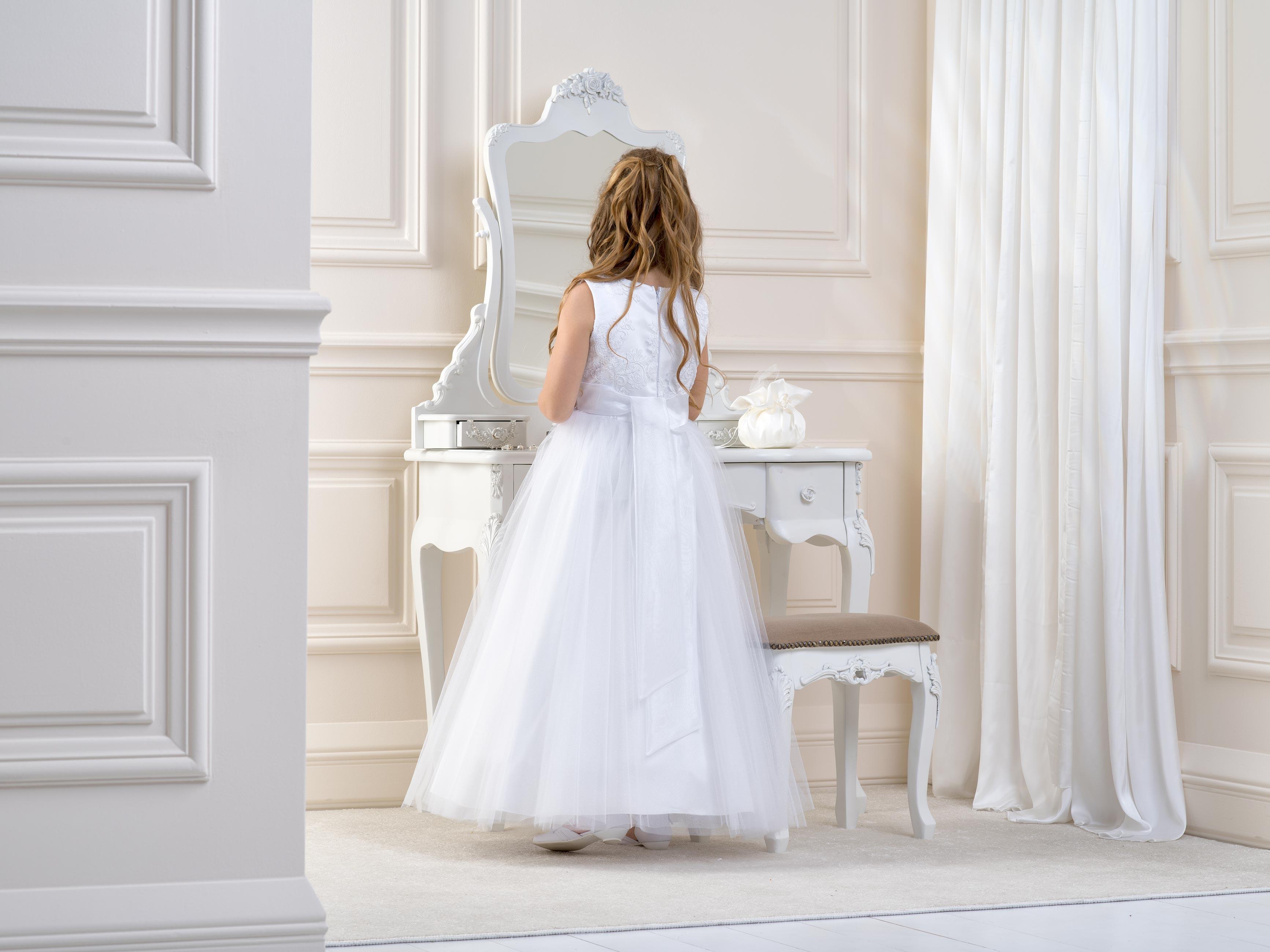 Flower girl/Communion Dress LB01back