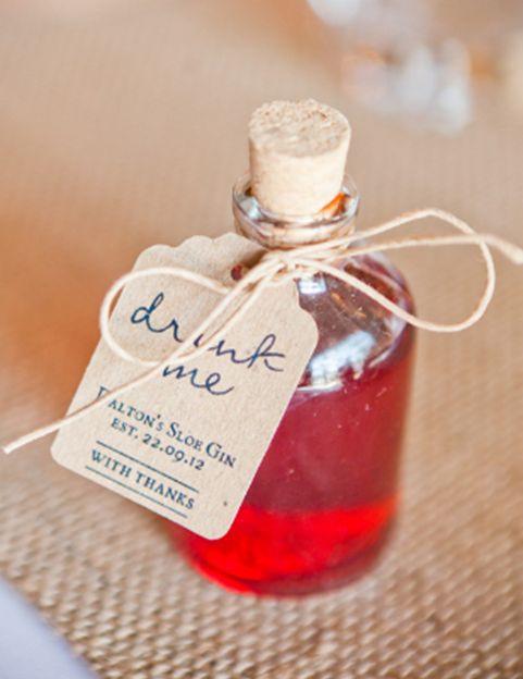 DIY wedding favours homemade drinks