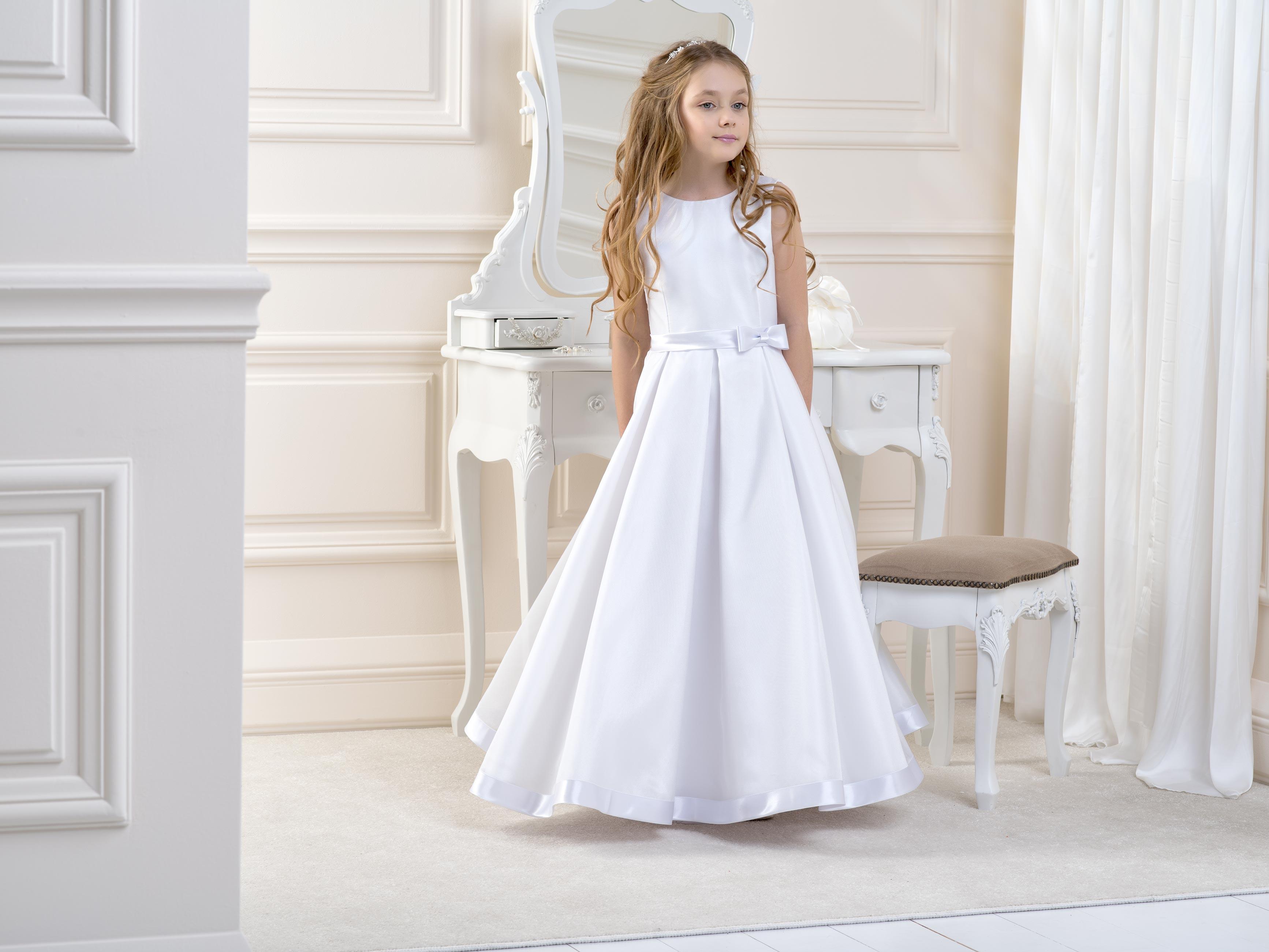 Flower Girl/Communion dress LB07