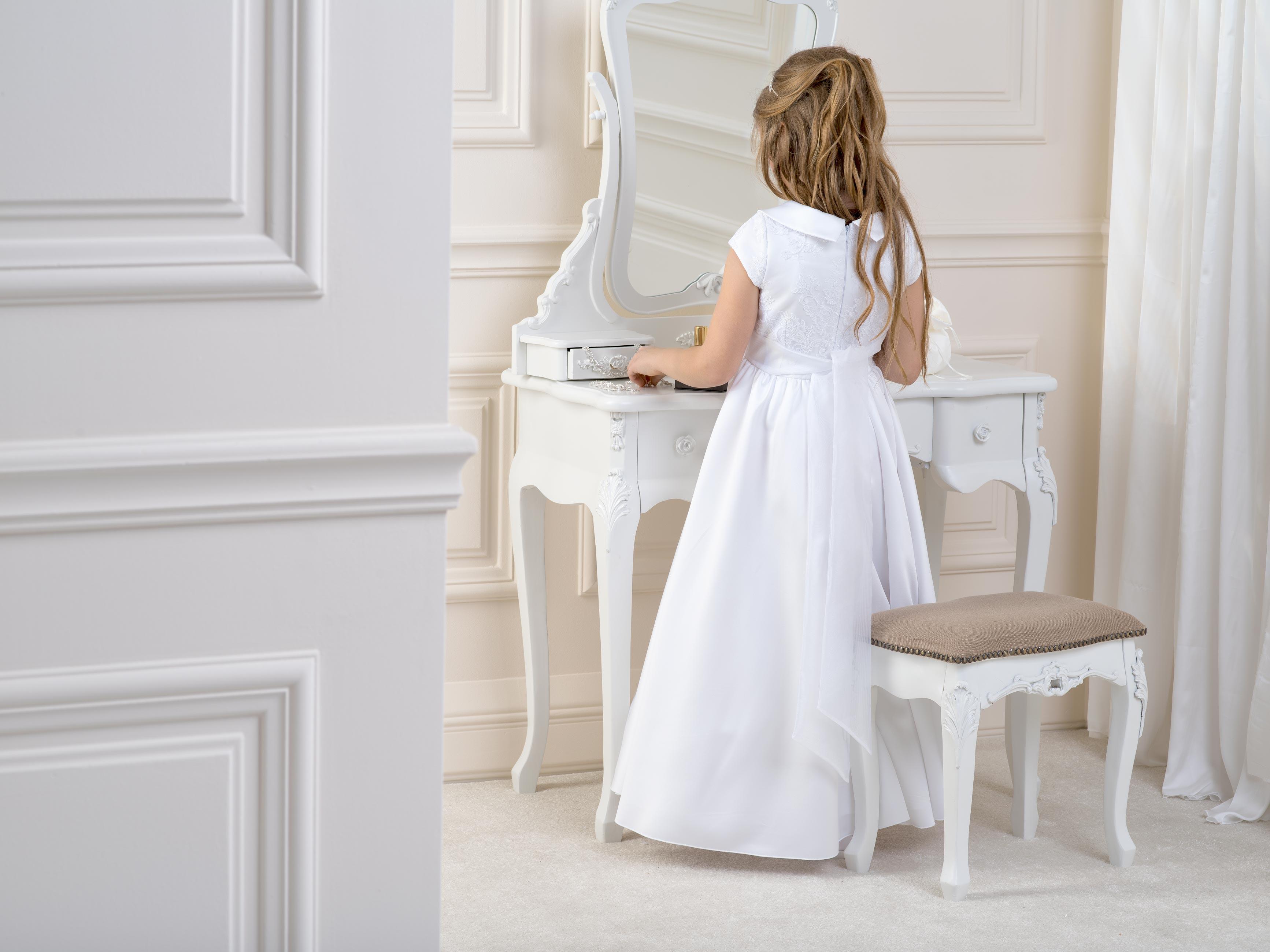 Flower girl/Communion Dress LB04back