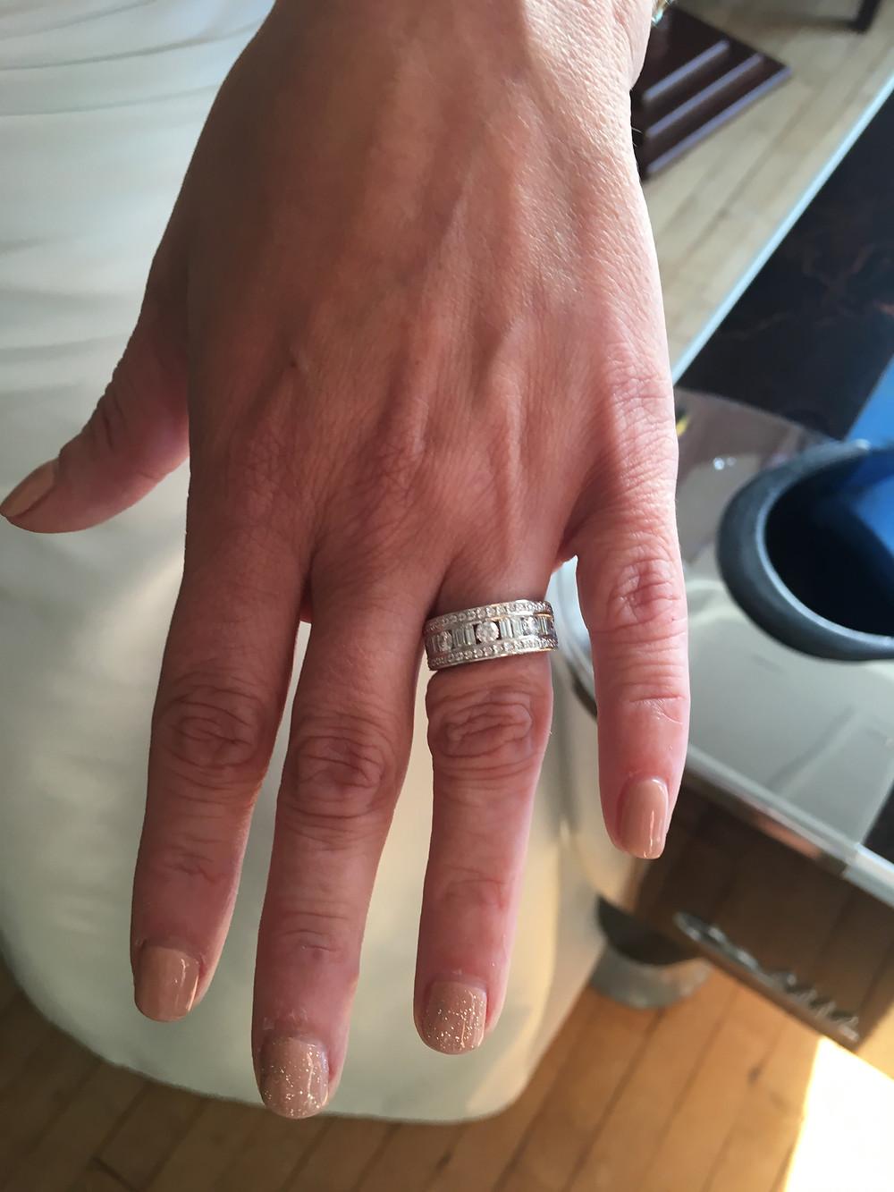 Diamond wedding ring, alternative wedding ring