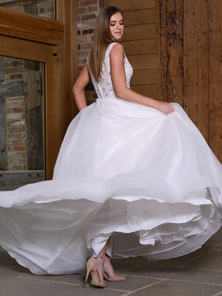 A Guide to Finding The Perfect Wedding Dress